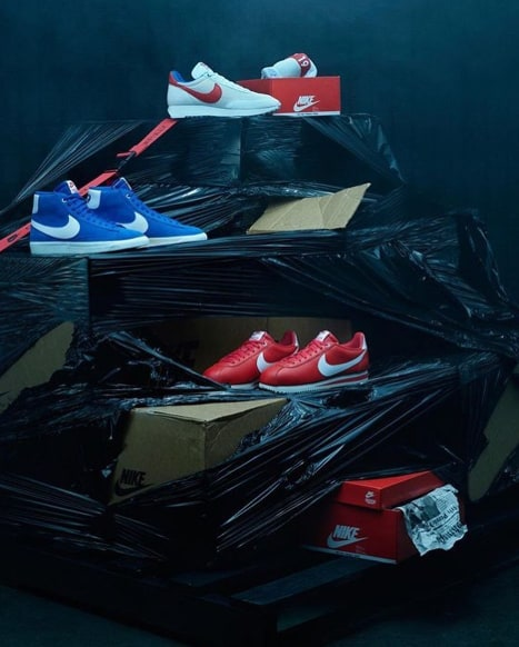 nike-bleu-rouge-cortez-logo-stranger-things